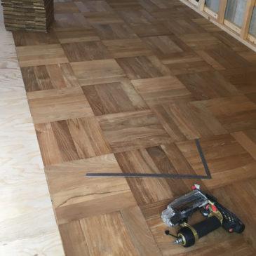 壁や床の施工